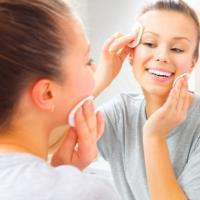6 Easy DIY Skin Care Routines