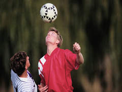 1 in 3 Young Athletes With Concussion Returns to Play on Same Day