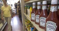 Changing consumer trends have contributed to Kraft Heinz's troubles, retail analyst says