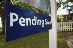 Pending home sales fell unexpectedly in September, likely due to higher mortgage rates