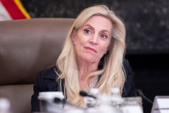 Fed's Brainard calls for more stimulus from Congress amid 'highly uneven' recovery