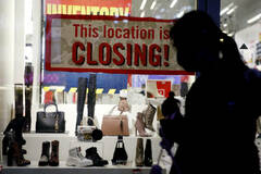 Weekly jobless claims rise less than expected despite weather impact