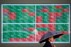 G20 nerves hit European stocks, dollar; oil gains