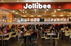 Philippines' Jollibee buys Coffee Bean for $100 million in overseas...