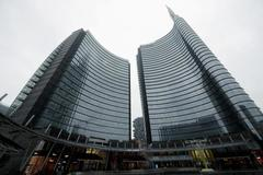 UniCredit says top managers to forego entire 2020 bonus pay