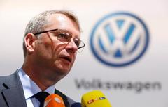 VW to intensify talks with Northvolt on battery project:...