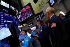 Wall Street rallies on hopes of global economic stimulus