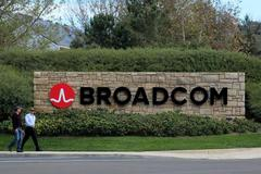 FTC makes second request on Broadcom's bid for Qualcomm
