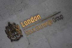World stocks rebound with earnings in focus; oil slips