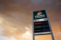 Mexico to inject $3.9 billion in Pemex, seeks to prevent credit...