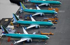 Boeing invites pilots, regulators to briefing as it looks to return...
