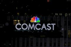 Comcast tops profit forecasts as broadband business grows