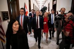 Facebook CEO Zuckerberg meets Trump, seeks to mend fences in...