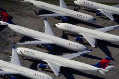 U.S. airlines apply for U.S. payroll help but terms still unclear
