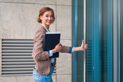 Do These 6 Things First for Your New Business | SmallBizClub