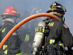Firefighters Exposed to Carcinogens Through the Skin « Weekly Gravy