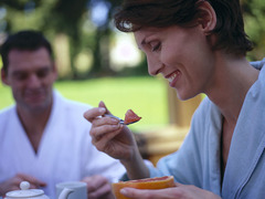Breakfast Fans Gain Less Weight Over Time
